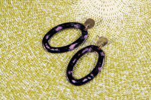Pendientes de esmalte ovalados negros con Zámak