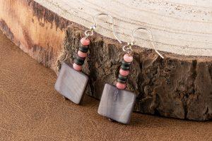 Pendientes nácar gris, coral y Plata de Ley
